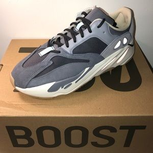 Adidas Yeezy 700 Boost Magnets